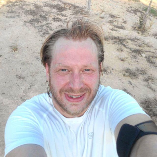 After run selfie time! Sub 30 minutes 5k (29:36) in the heat (30°C/82°F) and an awesome 500 swim after the run. Life is great! #running #run #workout #training #motivation #summer #nike #fitness #runner #5km #españa #nature #sport #fit #runners #spain #asics #runningman #adidas #instafit #converse #correr #gym #cardio #life #selfie #fitspo #instarun #marathon #5k